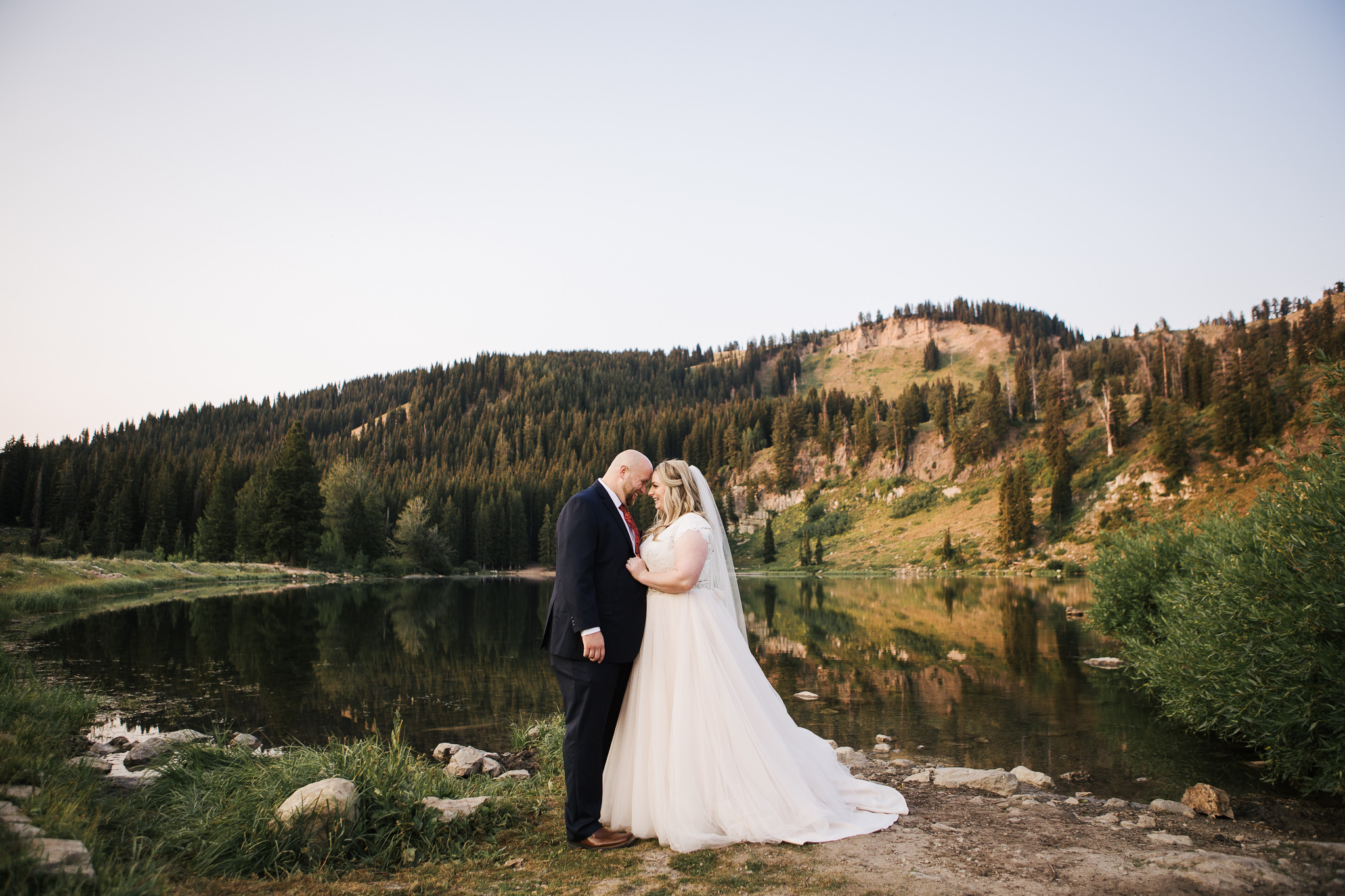 UtahWeddingPhotographer_Logan-2.jpg