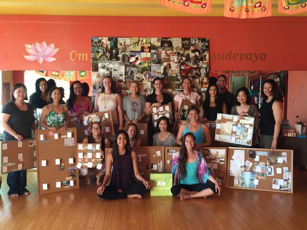Create_A_Life_You_Love_with_Aloha_Dreamboard_Lily_Lotus_Yoga_Hawaii_group1