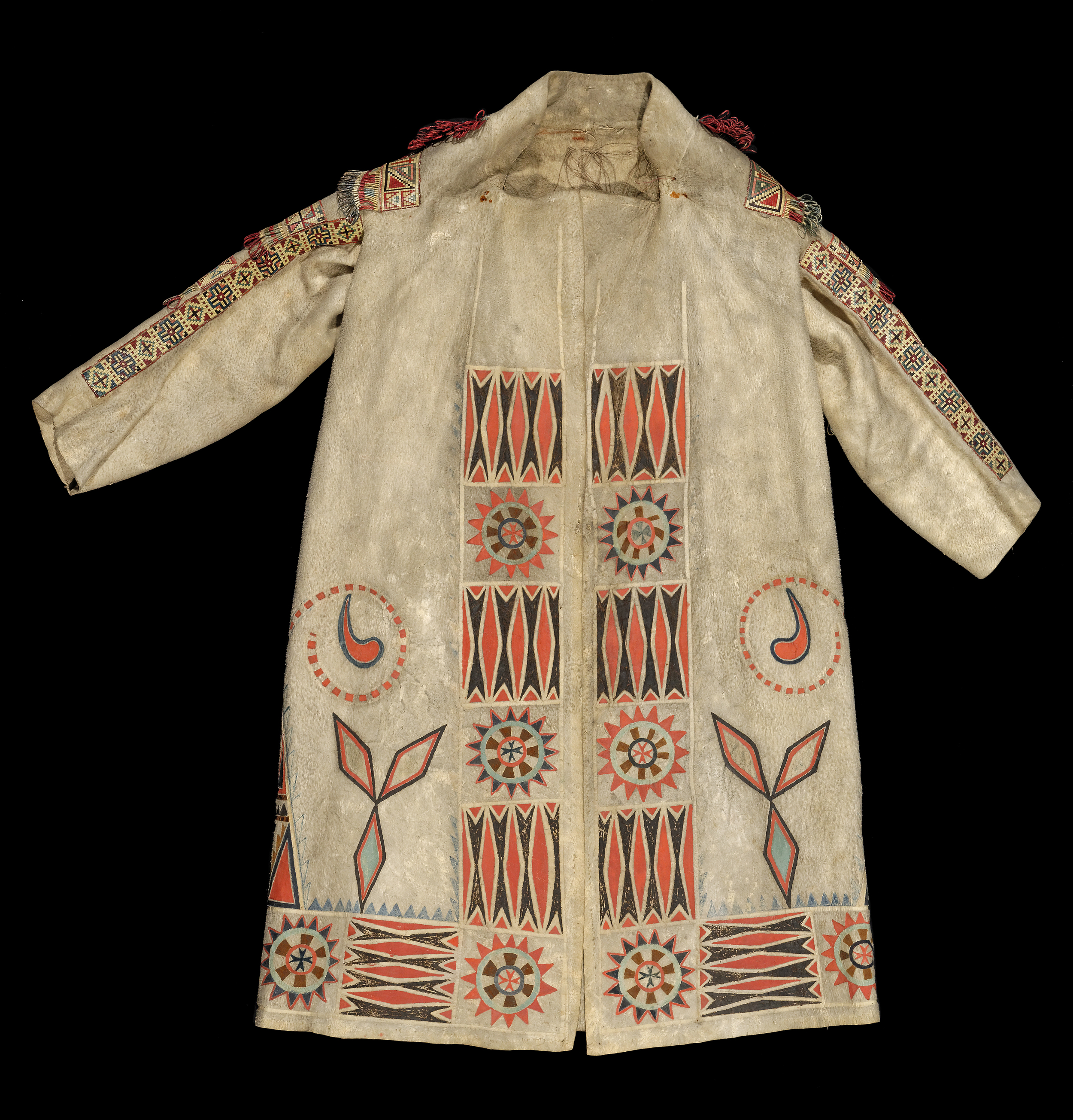 Front view of the Pitt Rivers Museum Metis Coat,  1951.2.19 . Image courtesy of the  Pitt Rivers Museum .