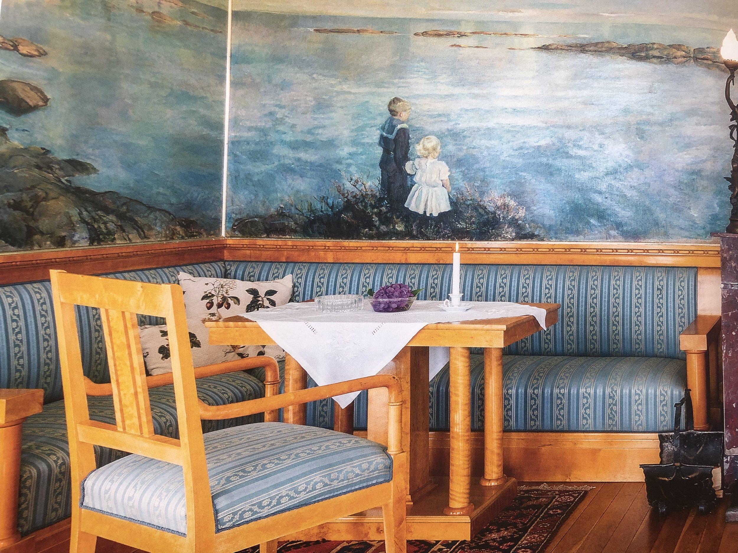 """Foto: Boken """"Lysthus i Norge gjennom 300 år"""" og Norske Hjem."""