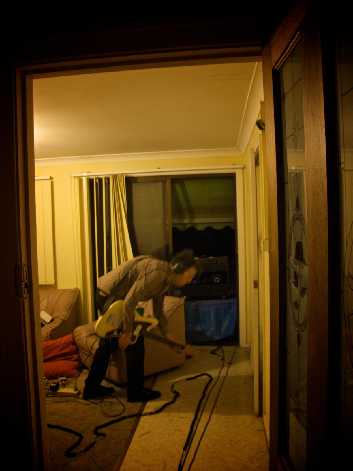 Damien Hooper destroying the neighbours.jpg