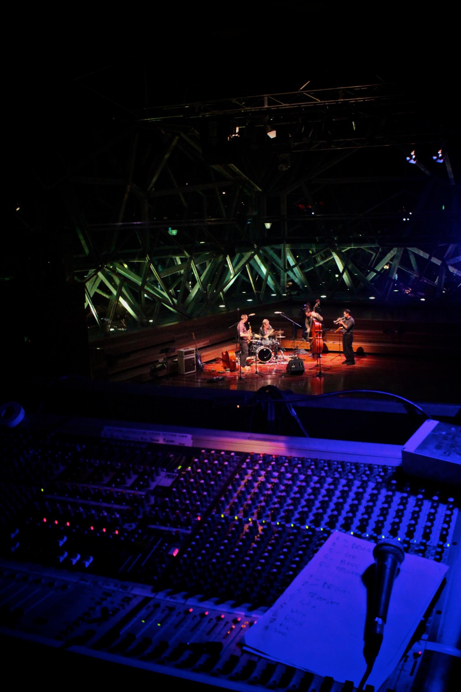 Melb Jazz Fringe Fest Recording (4).jpg