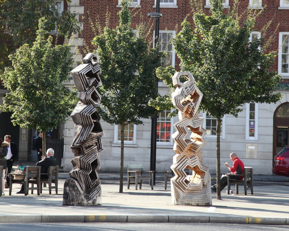 Forms Shaped Through Time - Public Sculptures by Sol Bailey-Barker01/09/2016 - 15/02/2017Holborn Circus, London