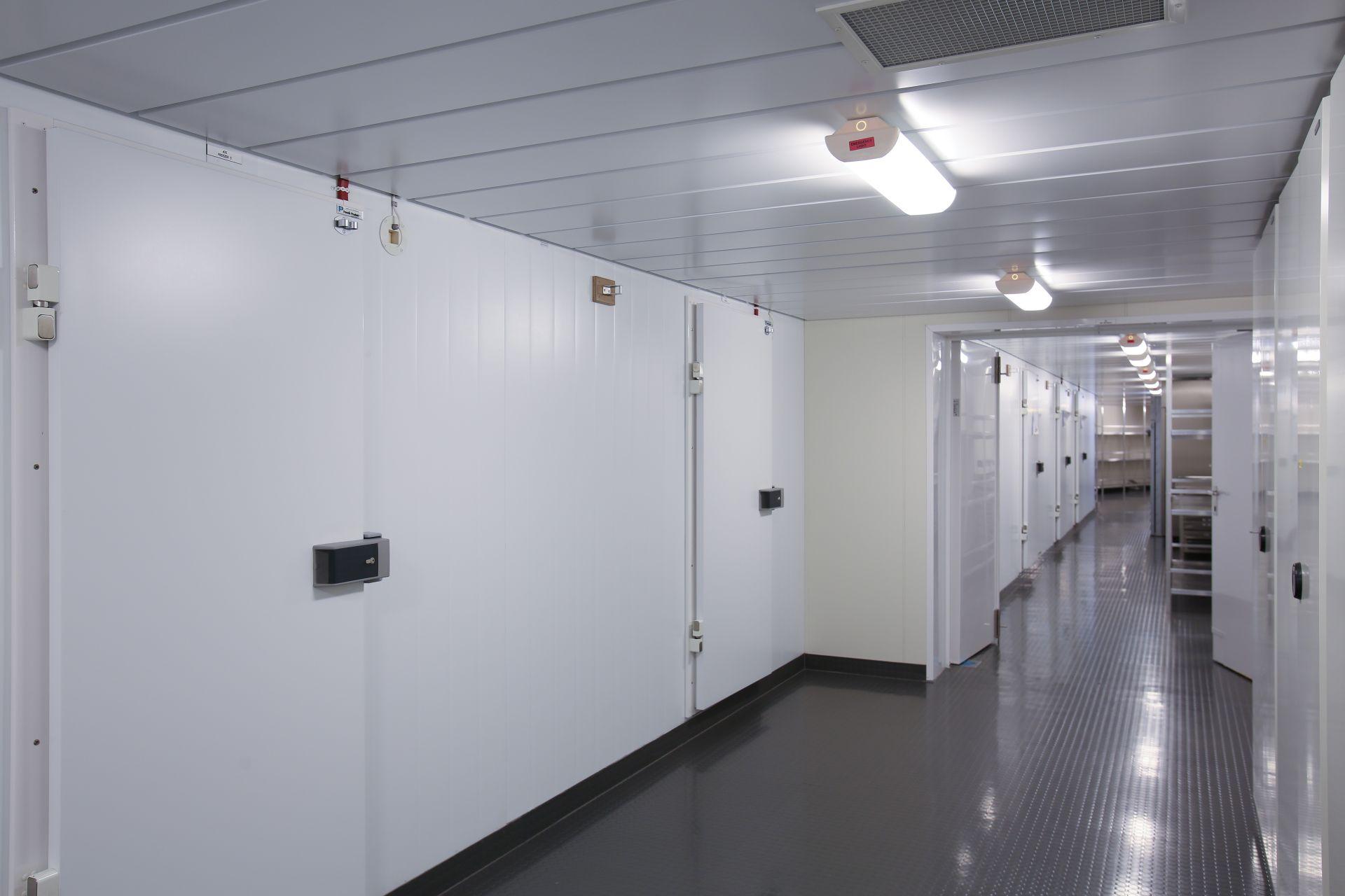 Isolasjonspanel kjøle- og fryserom   Vi kan levere alt frå små kjøle- og fryserom til store totalentrepriser i samarbeid med arkitekt eller byggherre.    Les meir