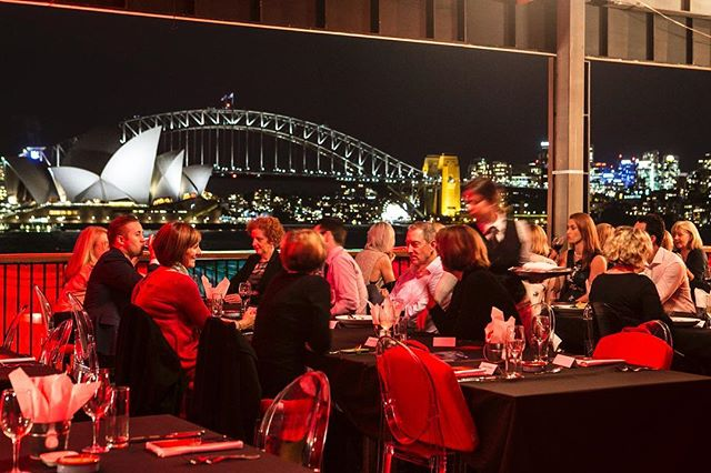 Last night's dinner view from the Travel Associates Platinum Club at Handa Opera on Sydney Harbour 🥂 The restaurant is open for dinner before every performance of this season of West Side Story and the views are nothing short of spectacular ✨