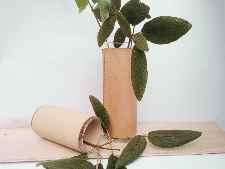 Leather Vase Vassel