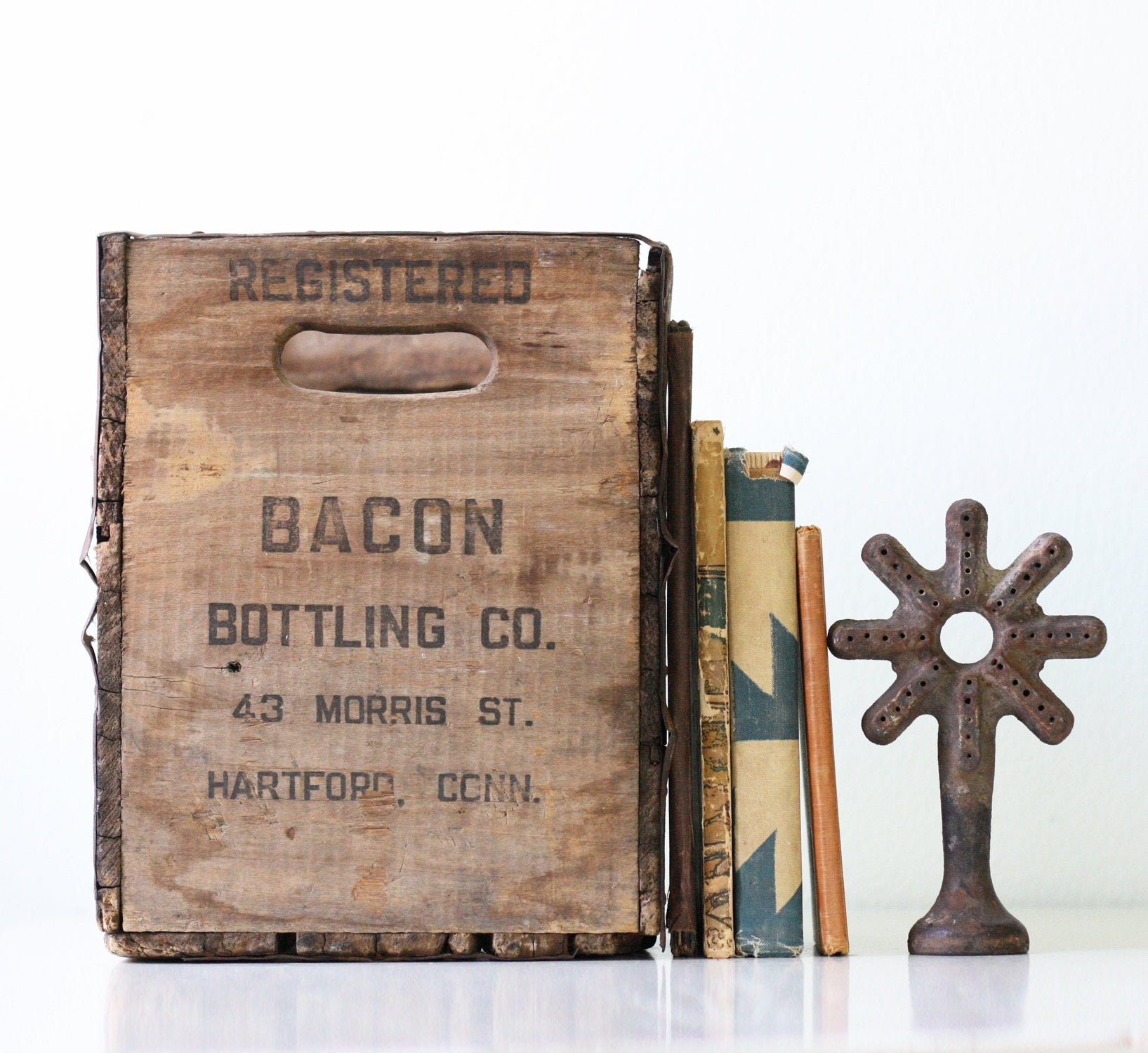 Vintage Bacon Bottling Co Crate, Hartford Connecticut  Ah, I really wish I could afford this!
