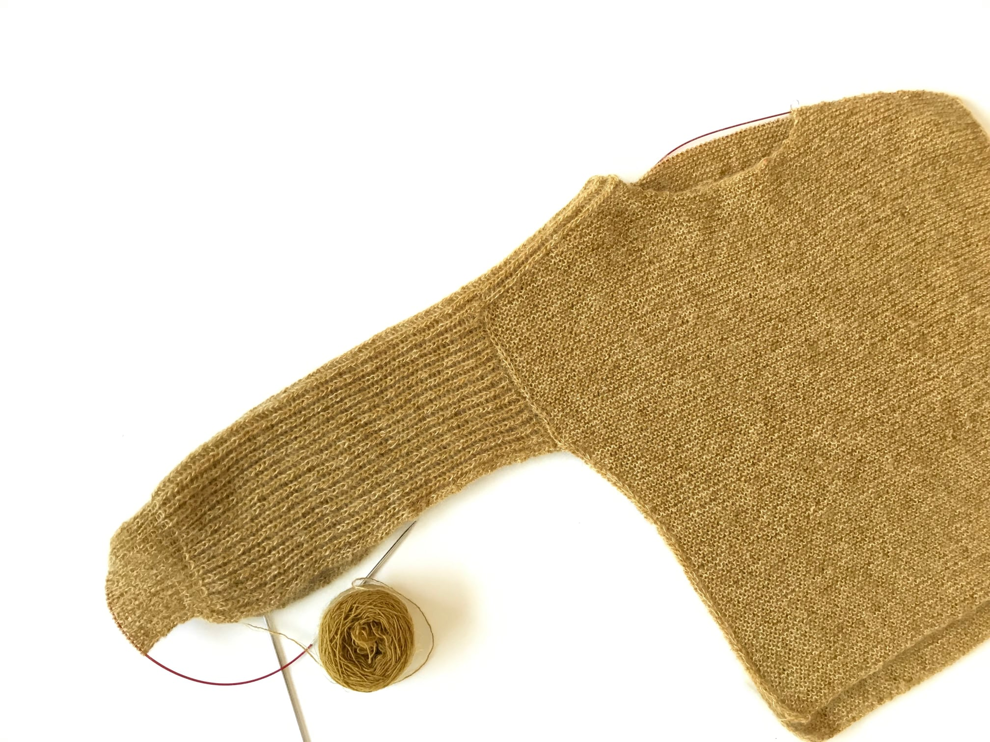 Windy from Stitches by Helga Isager : shoulder sleeve brioche join