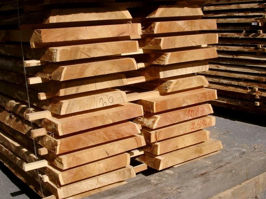 Holzstapel Sib. Lärche II.jpg