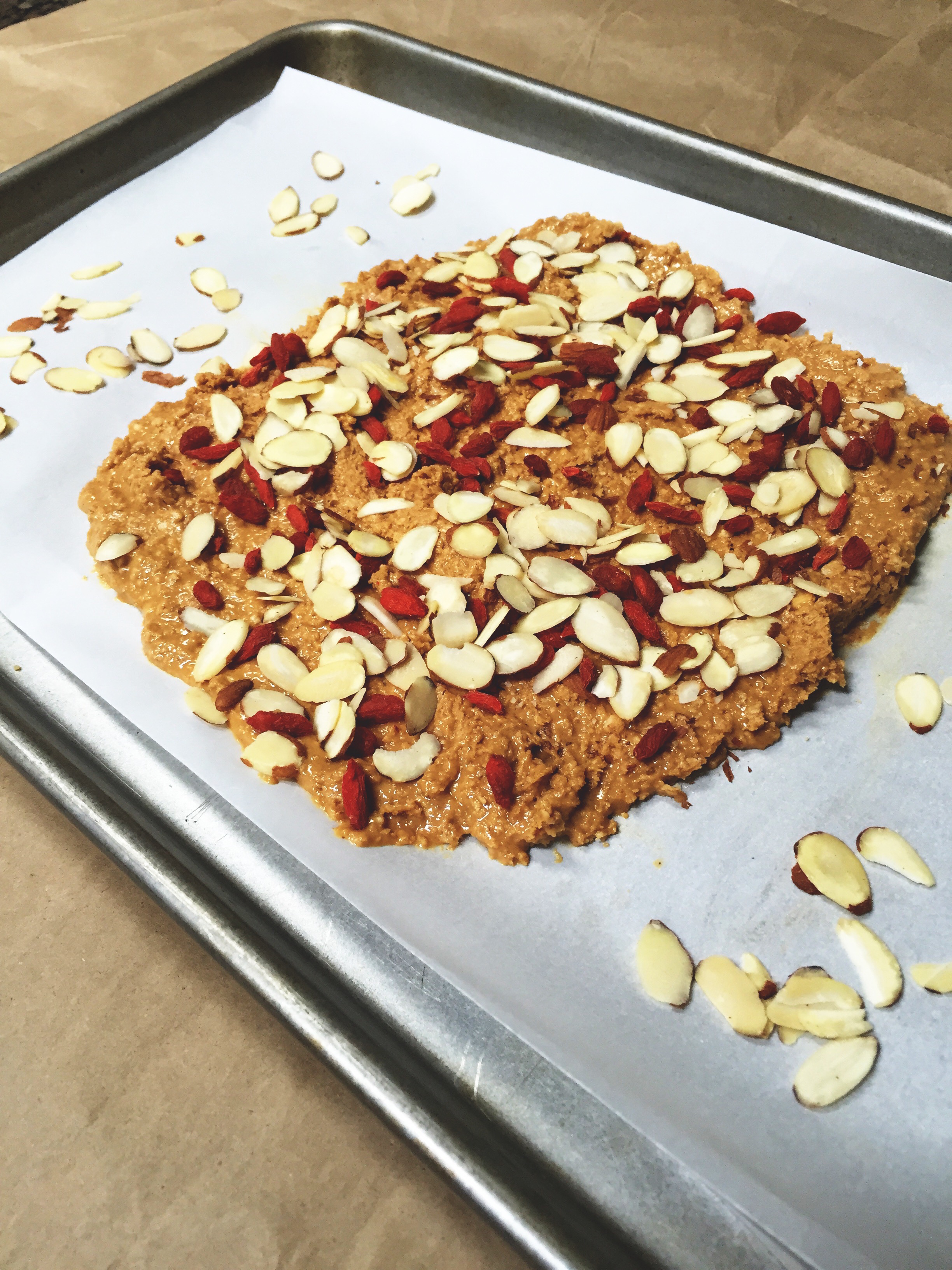 Peanut Oat Bars with Almonds and Goji Berries | Better Back To School Bite Size Snacks | YES! Nutrition, LLC