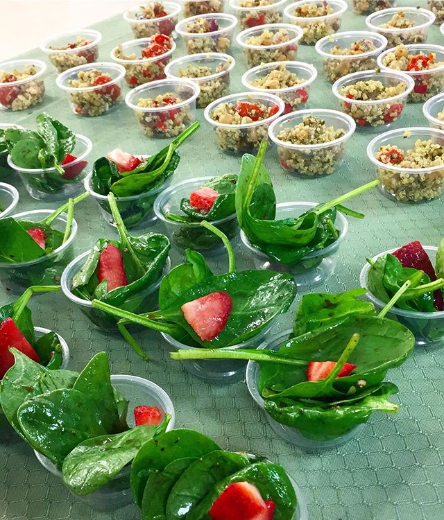 What a great day! Yesterday I spent lunch time with ~100 employees at @criverlabs in #Spencerville sharing healthy samples of two tasty recipes: a Strawberry Spinach Salad and a Quinoa Pesto Veggie Bowl (pictured here). 🥗🍓 #corporatewellness #lunchandlearn  Then, I traveled back home for a walk around the park and lots of giggles with our sweet almost-5-month old. I could play the video of him giggling over and over again! Salad samples, sunshine, smiles...can this life get any sweeter?? 🥗☀️🤩 #grateful #momlife #lovethisjob #purposedriven #findyourbalance
