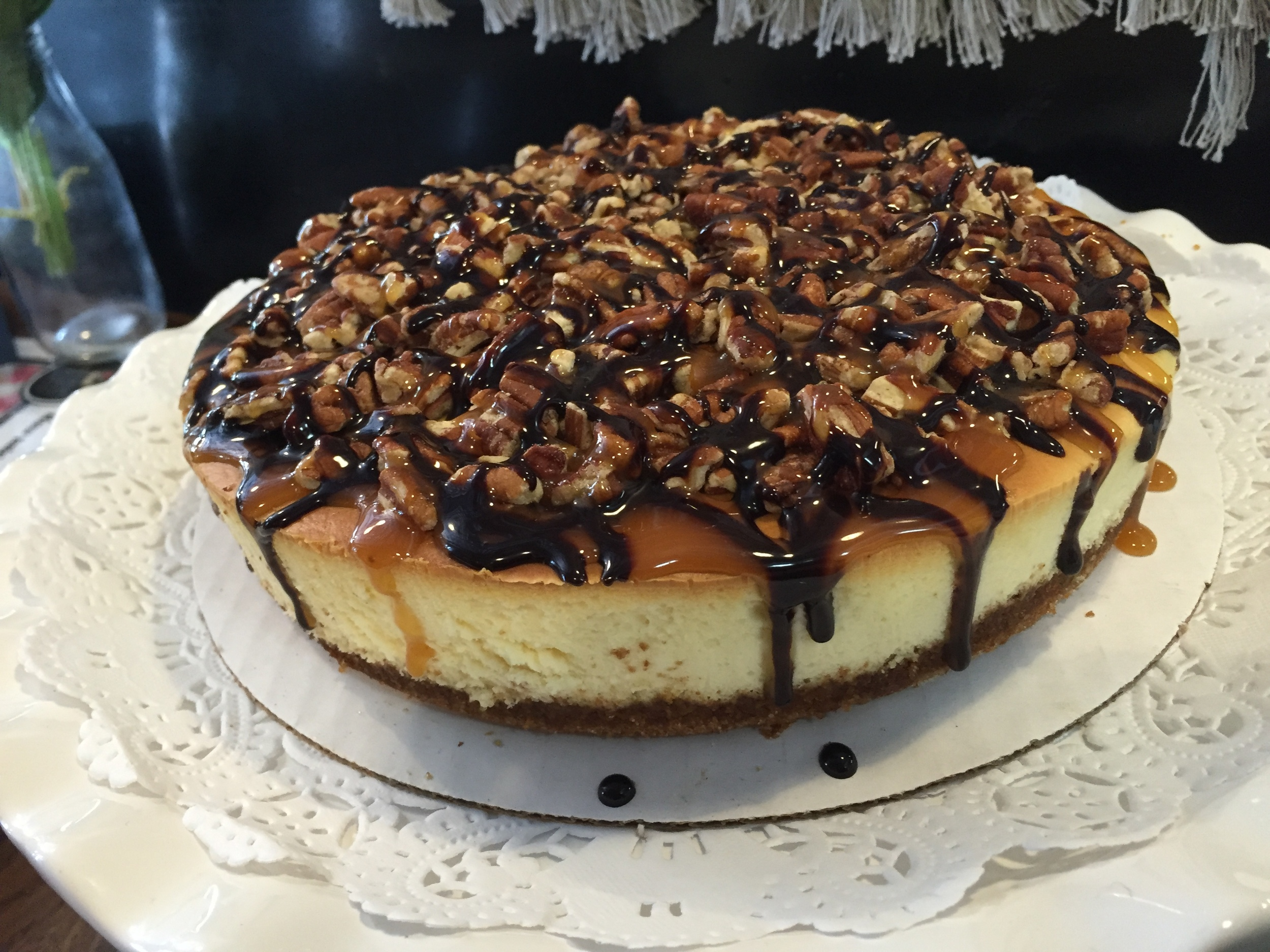 turtle topped cheesecake
