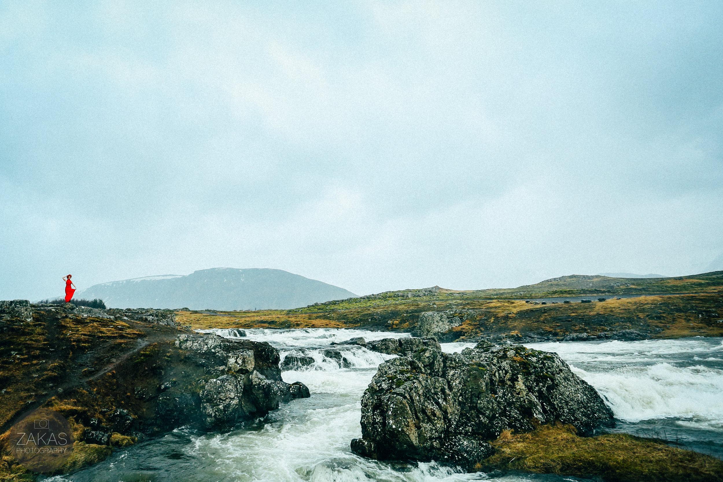 ICELAND ELOPEMENT FASHION