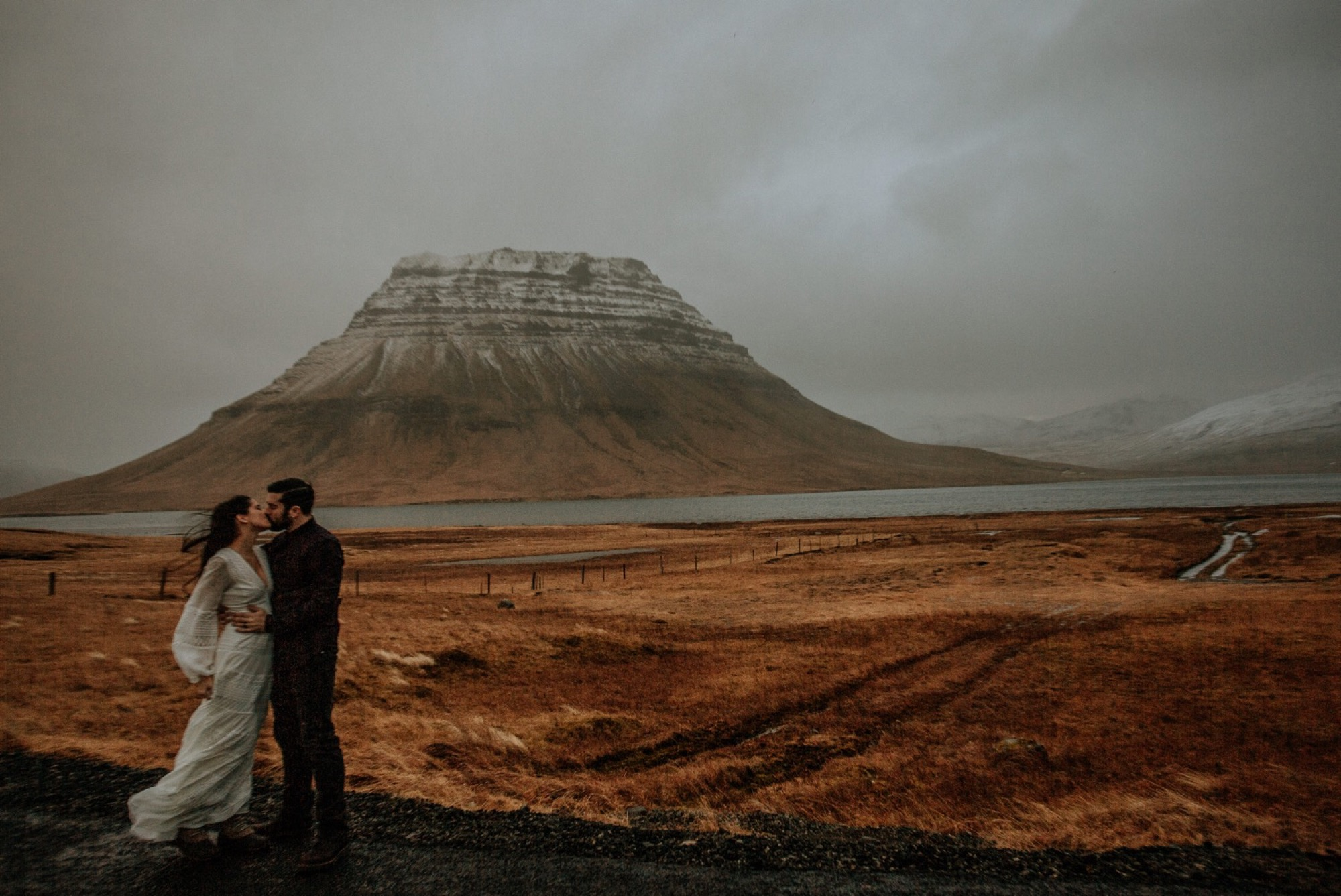 iceland elopement kirkjufell