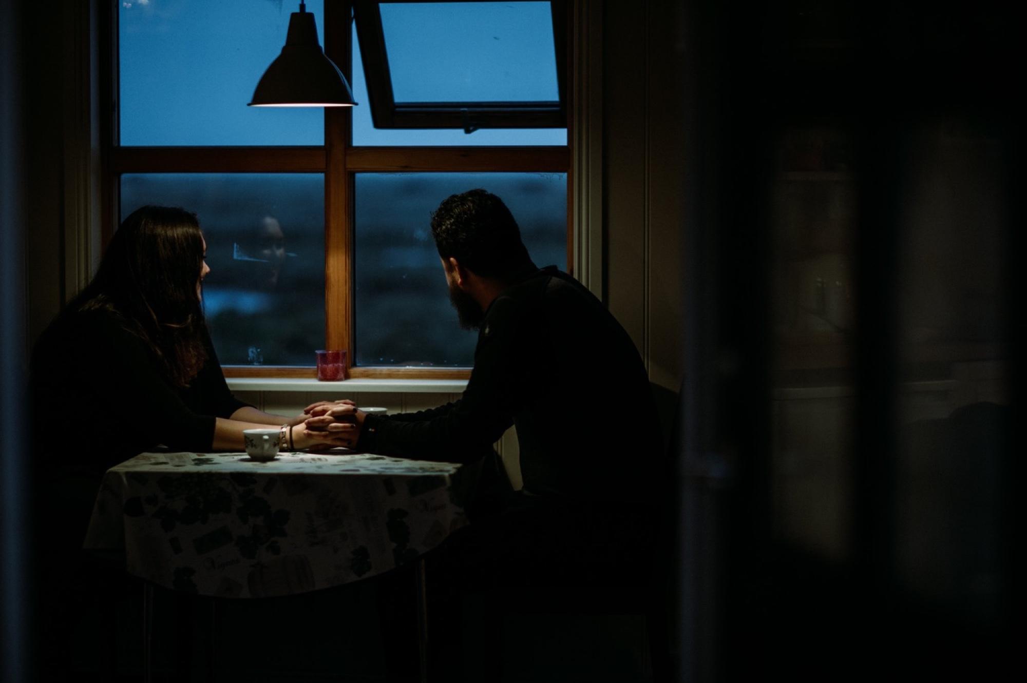 elopement getting ready in cabin