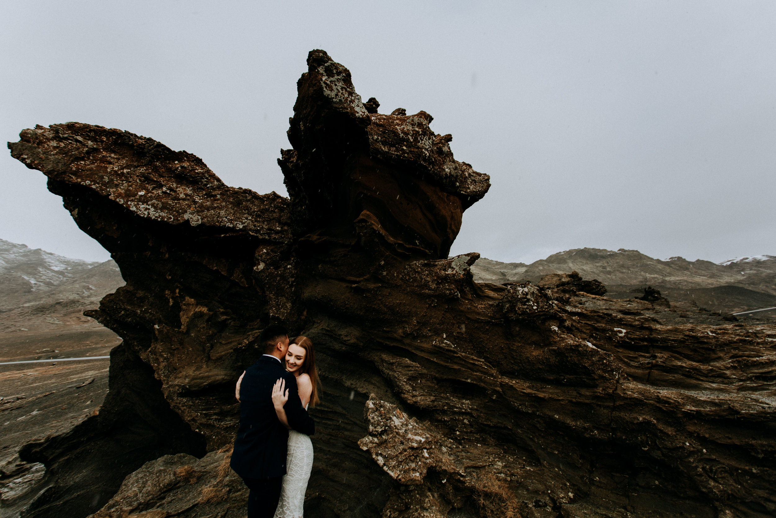adventure engagement session winter in Iceland