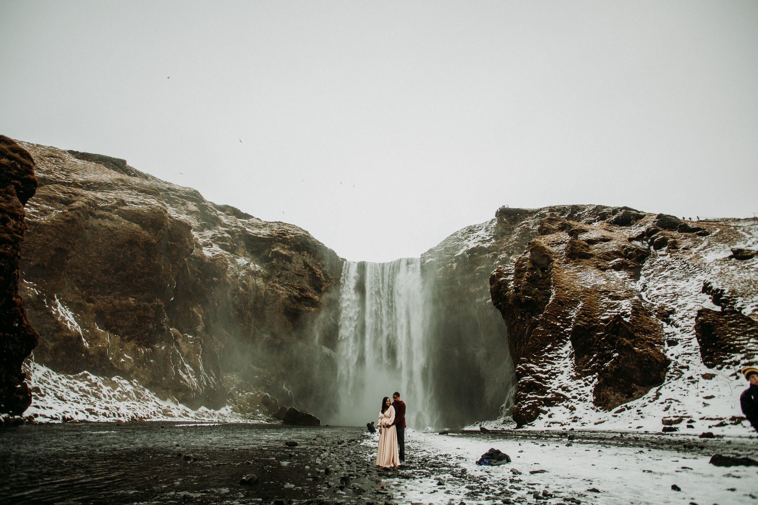 iceland maternity session