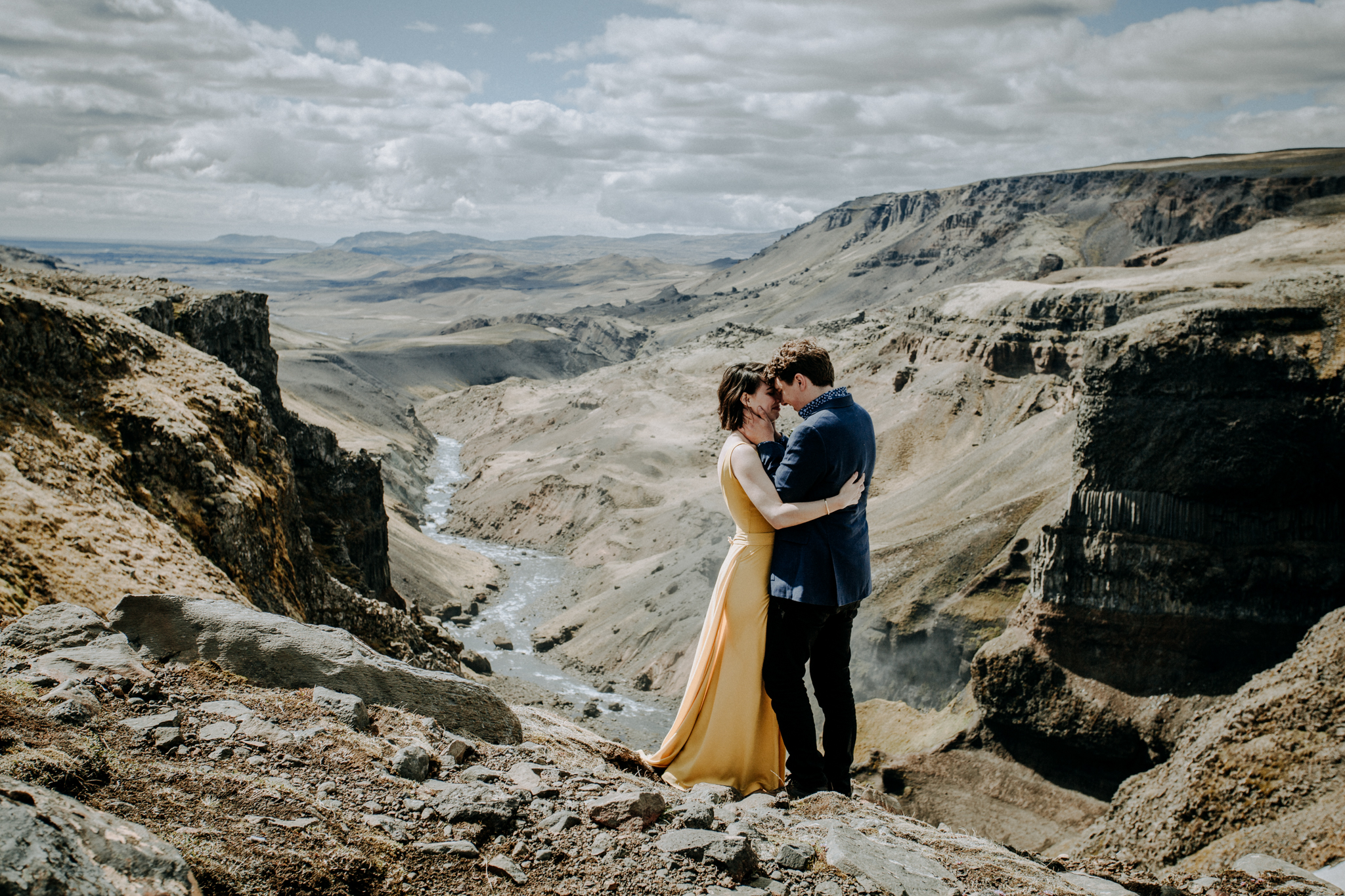 iceland elopement photographer canyon vows