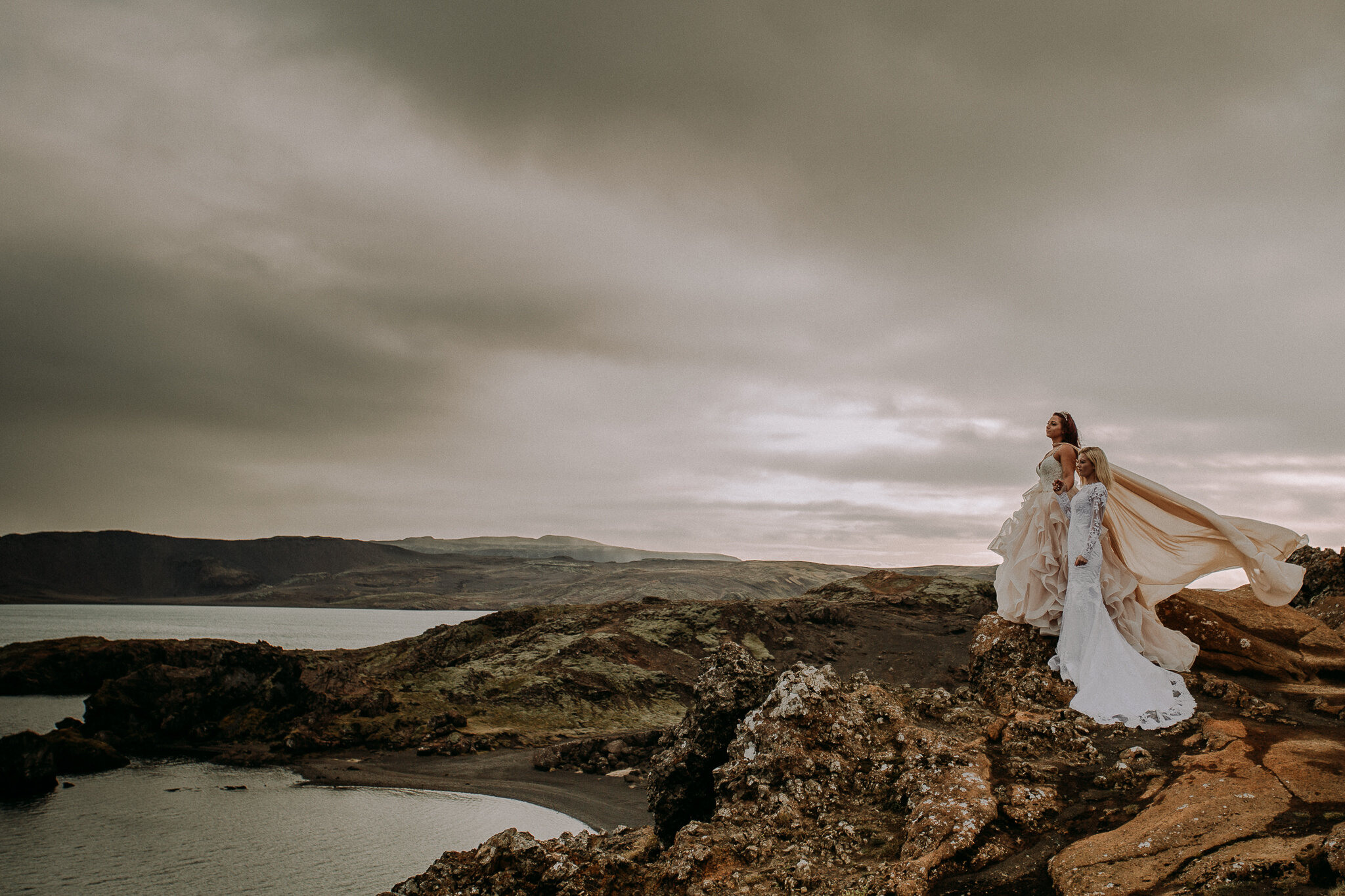 """5 Lessons on Choosing to Elope (and One NOT to). - """"My background within this industry is a long and winding one, which thankfully I made my way into my true passion- helping couples elope & documenting them being badasses in nature."""""""