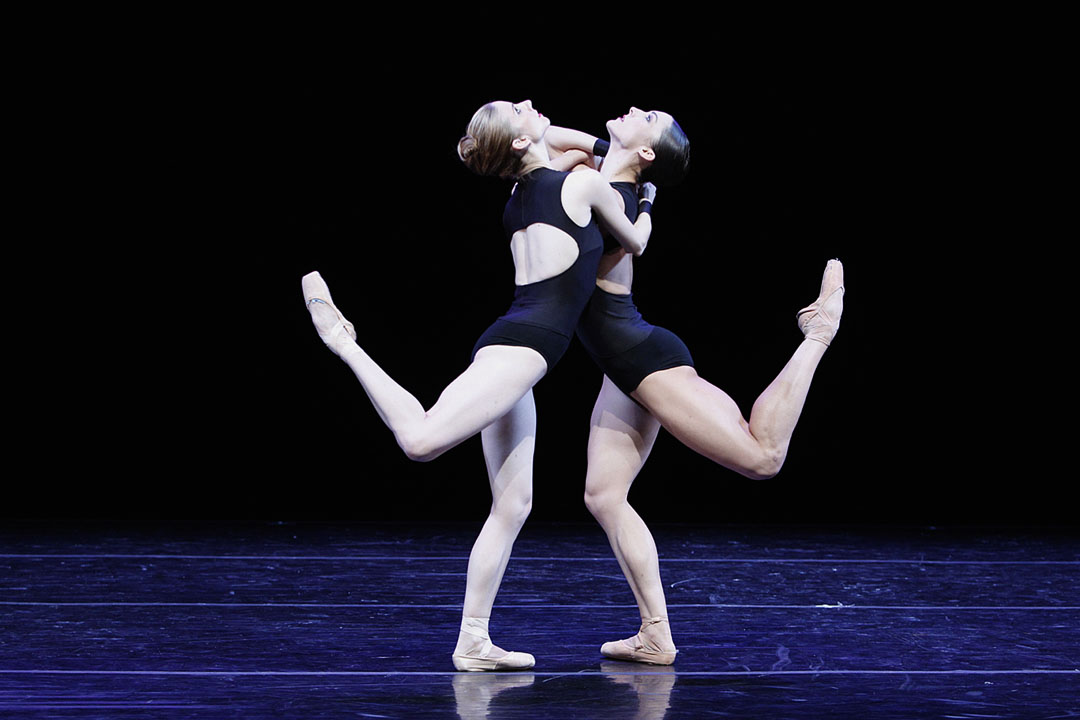 Michele Wiles and Drew Jacoby in La Follia by Mauro Bigonzetti