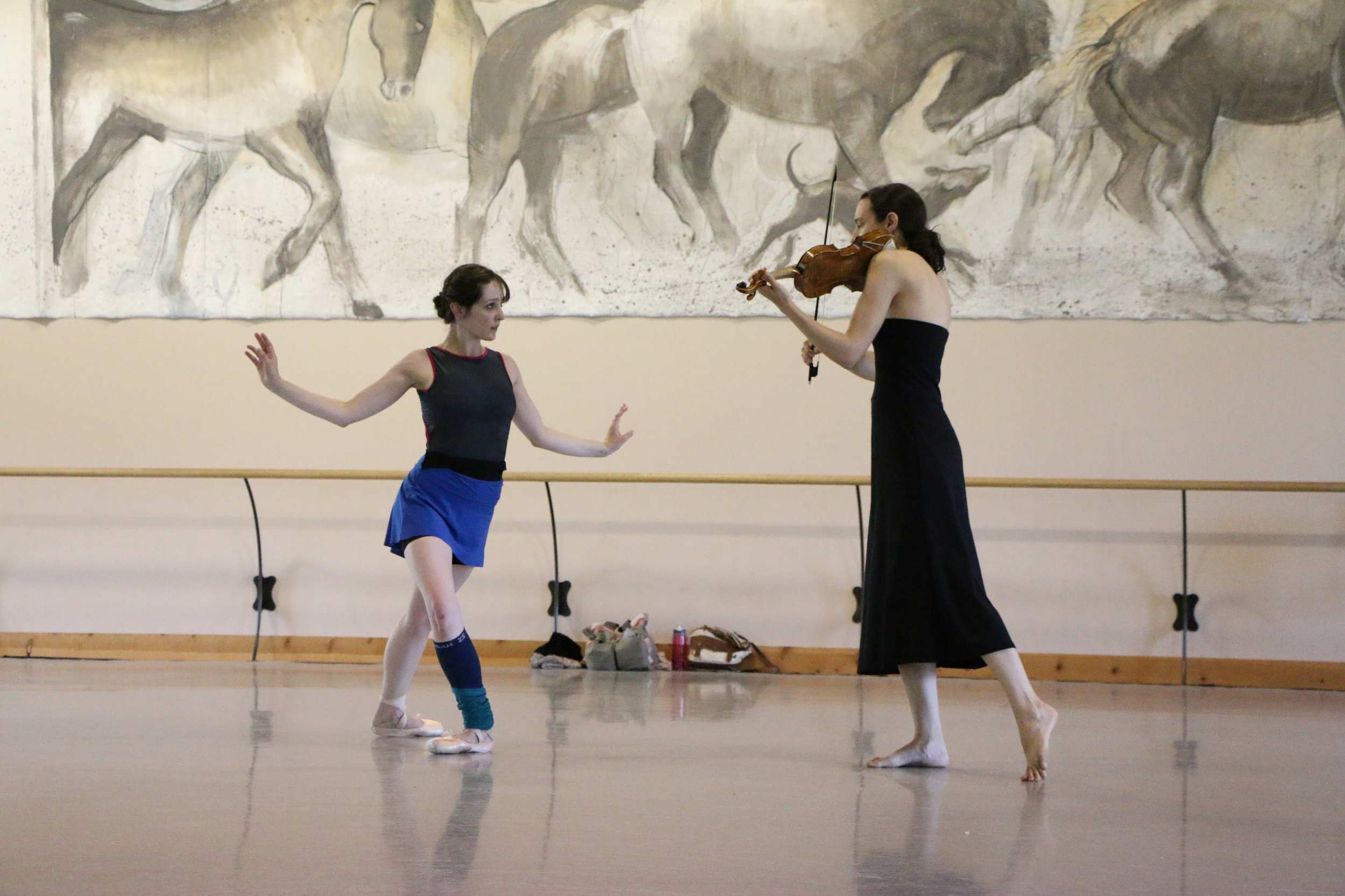 Jessica Tretter and Liv Heym rehearsing Querencia by Michele Wiles