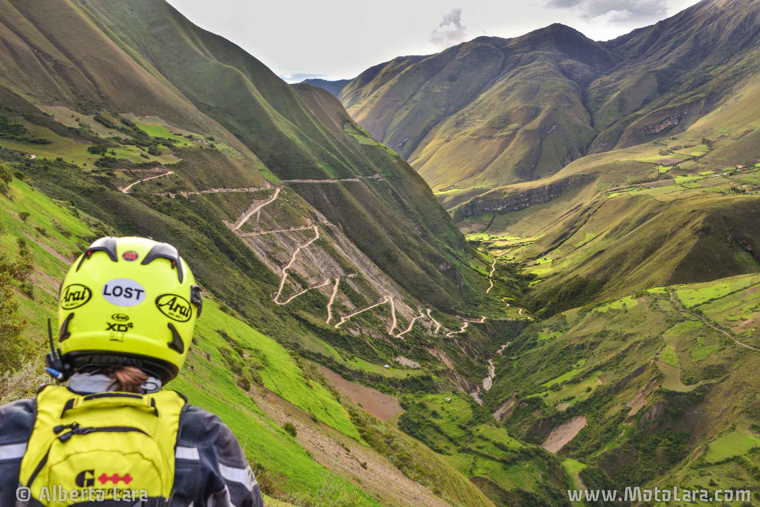 Road to Bolivar near Uchumarca, Pataz.jpg