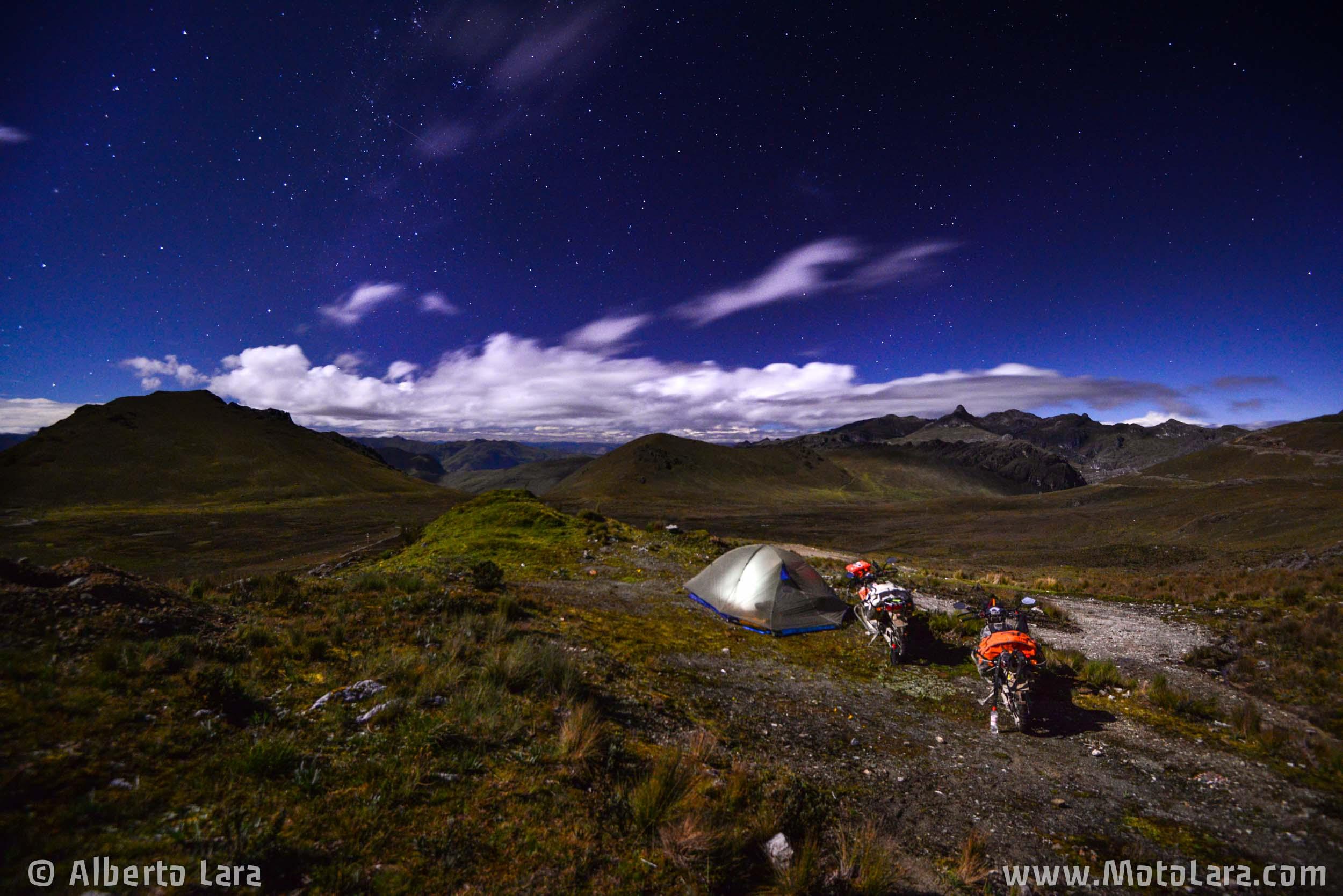 Sleeping under the stars near Retamas, La Libertad.jpg