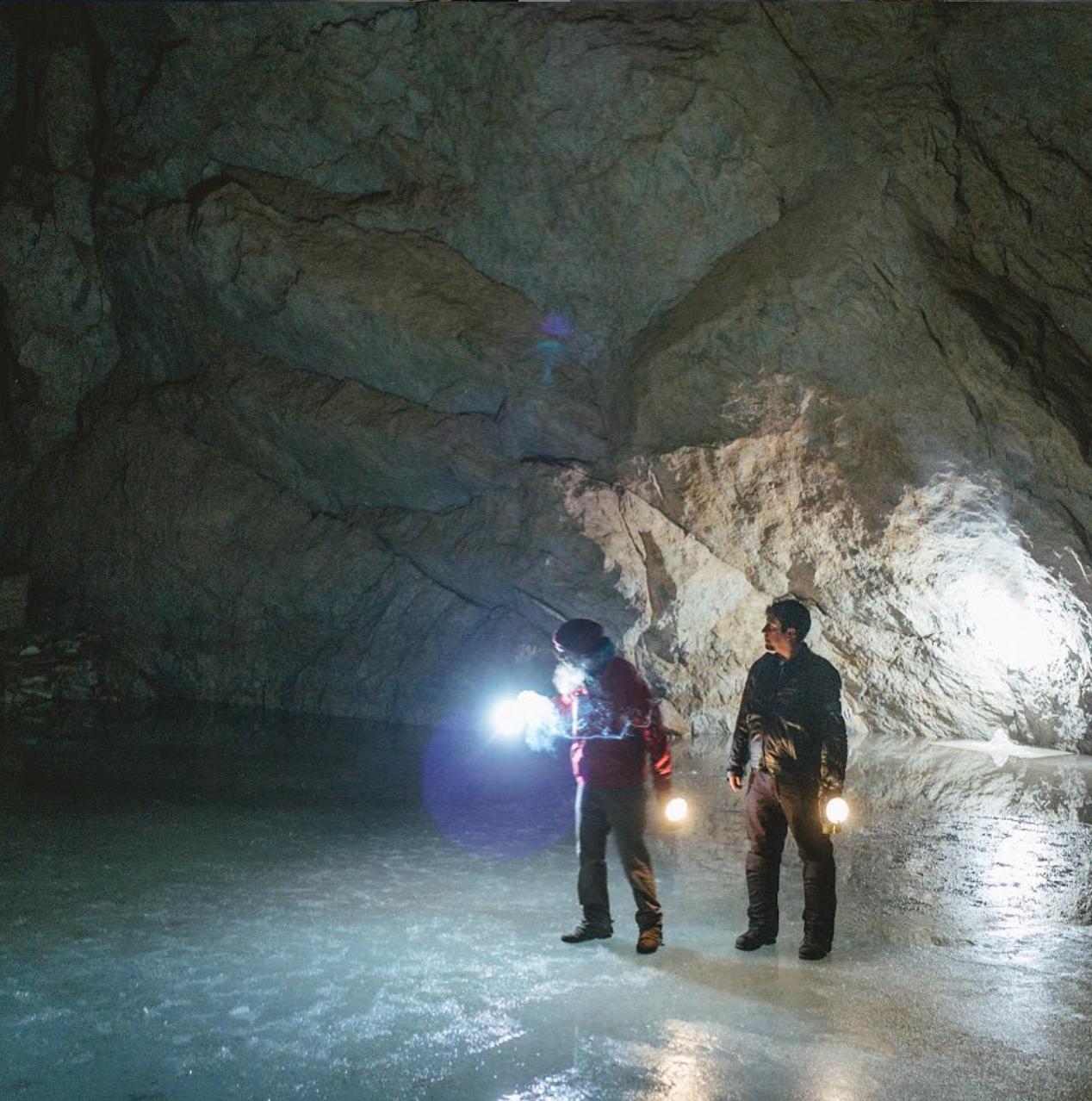 Luis Castilla - ice caves copia.png