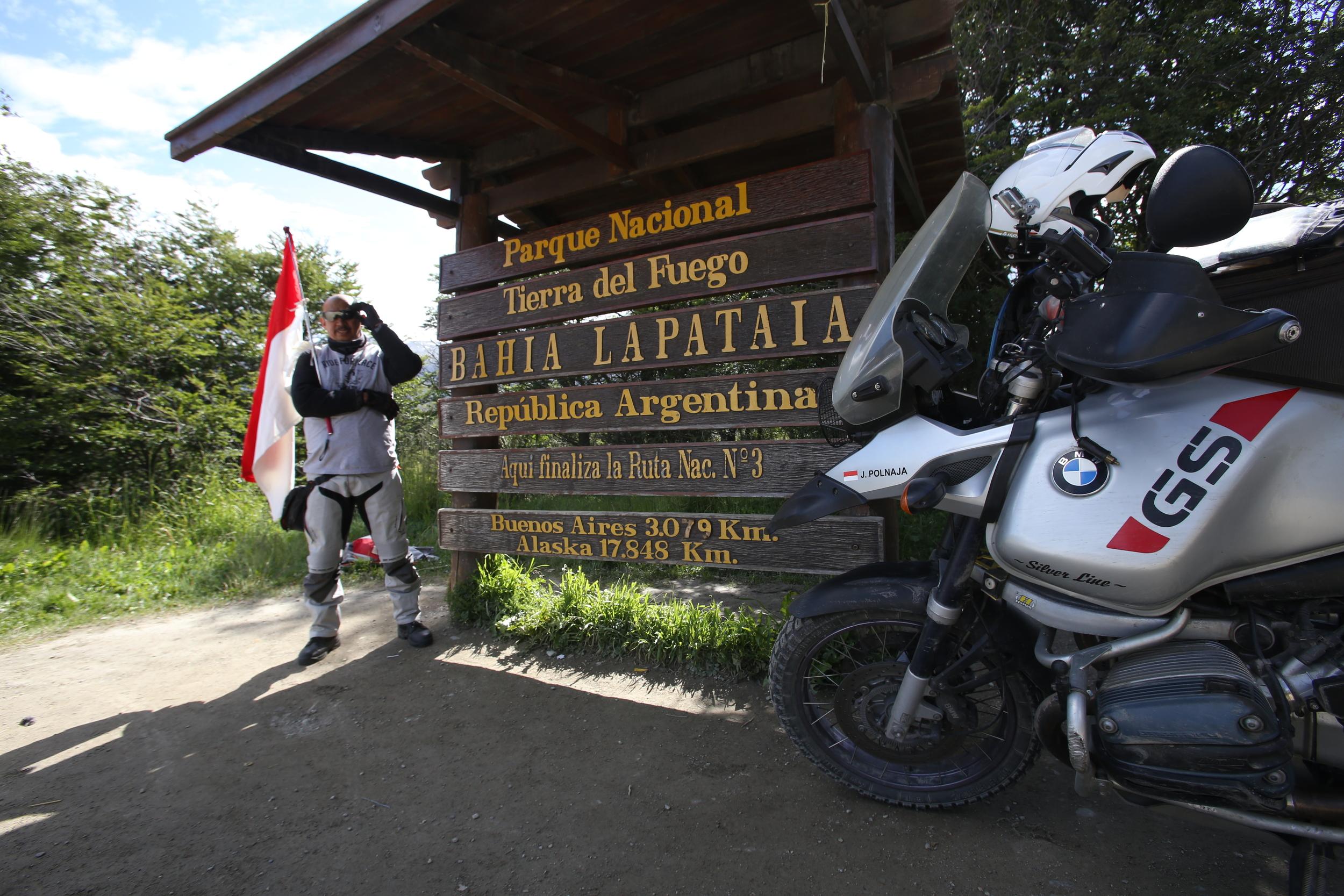 RideFor Peace - IMG_2652_Ushuaia.JPG