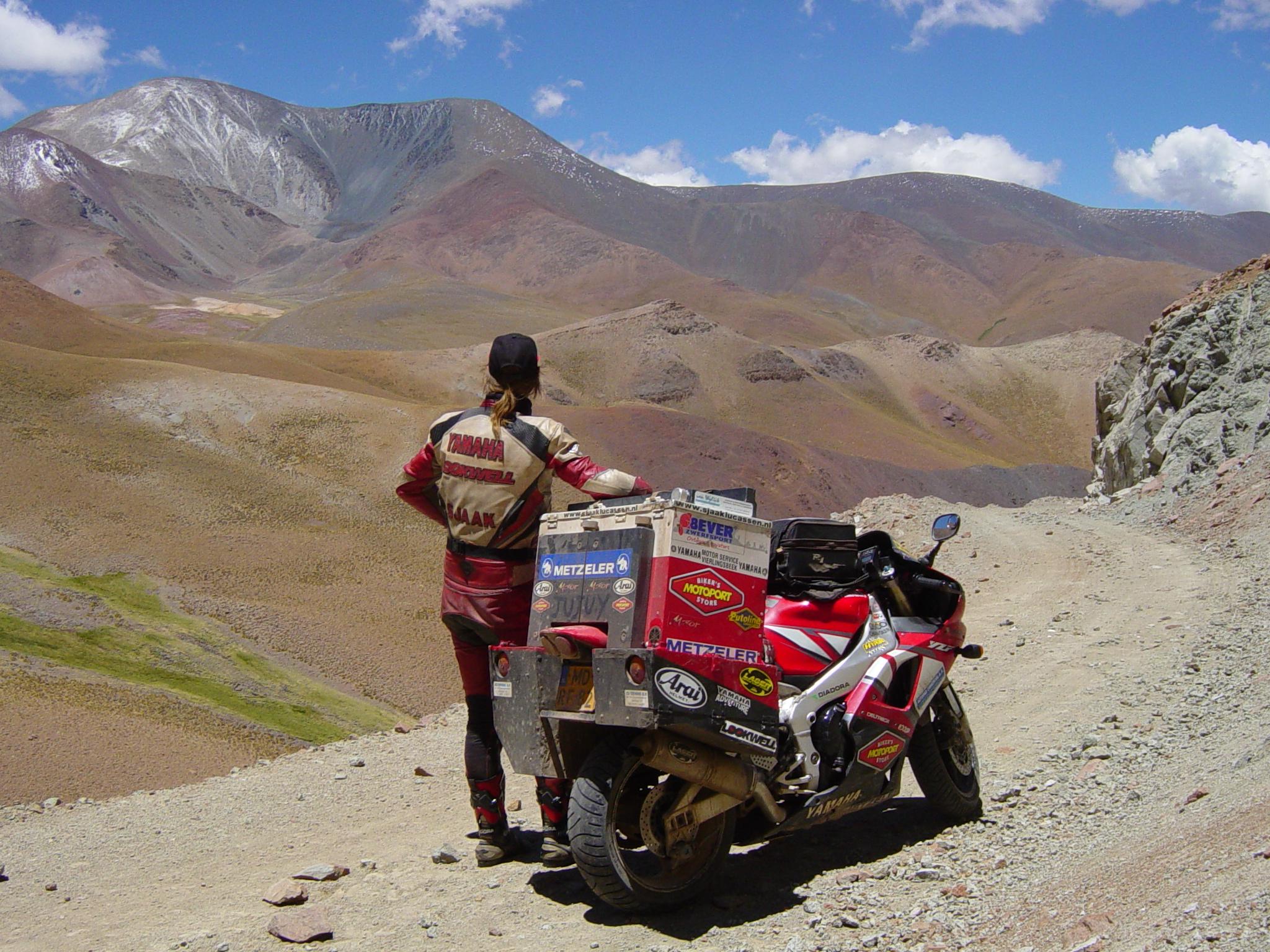 2003 Argentina Abra el Acay pass.JPG