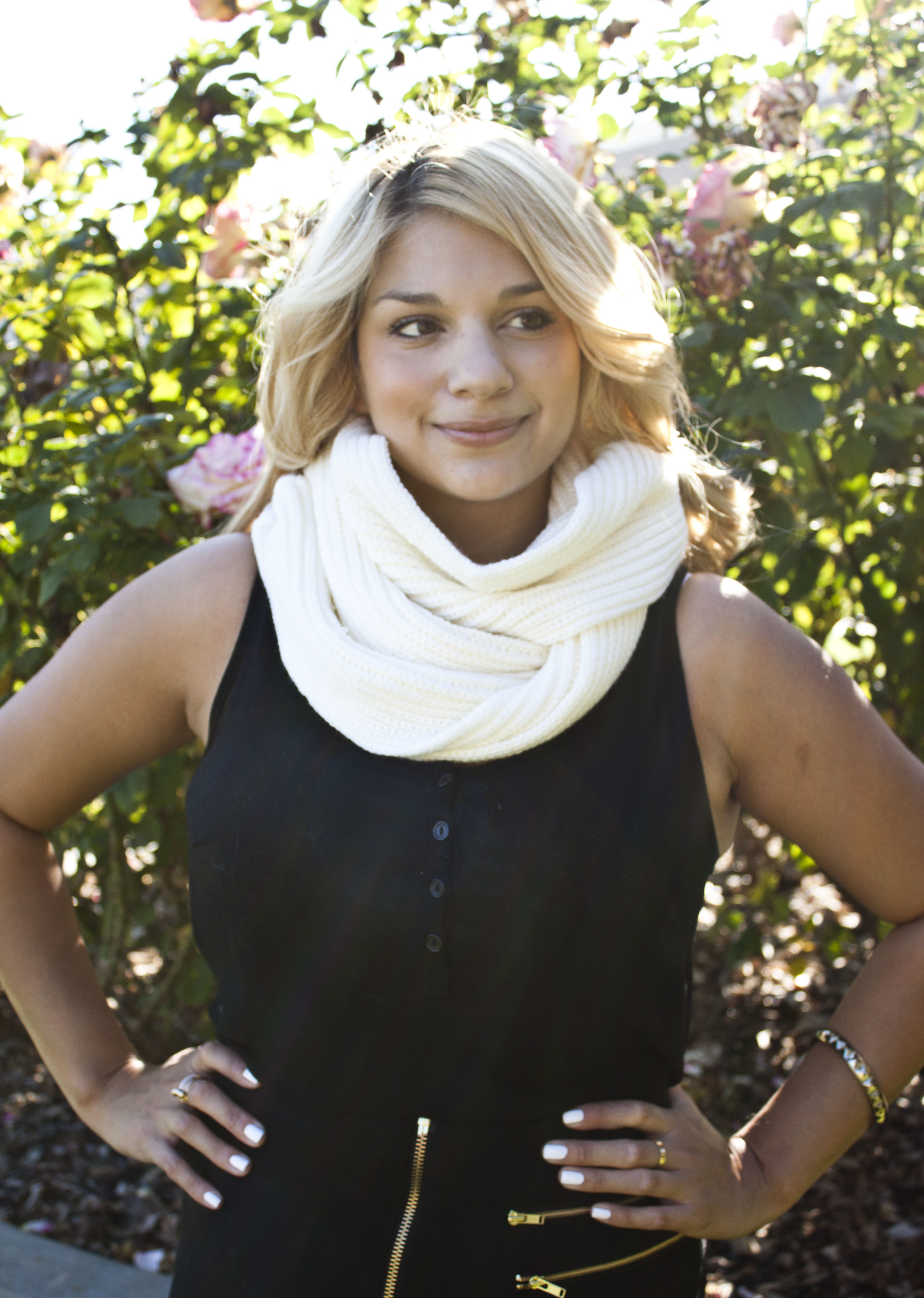 My Mixit shaker scarf is the perfect accessory for any occasion!