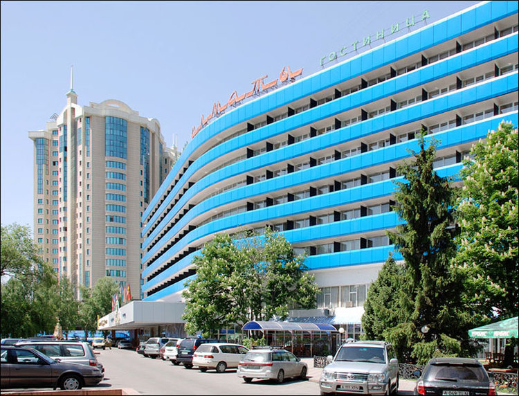 Hotel Almaty, slightly refurbished since my first stay in 1995