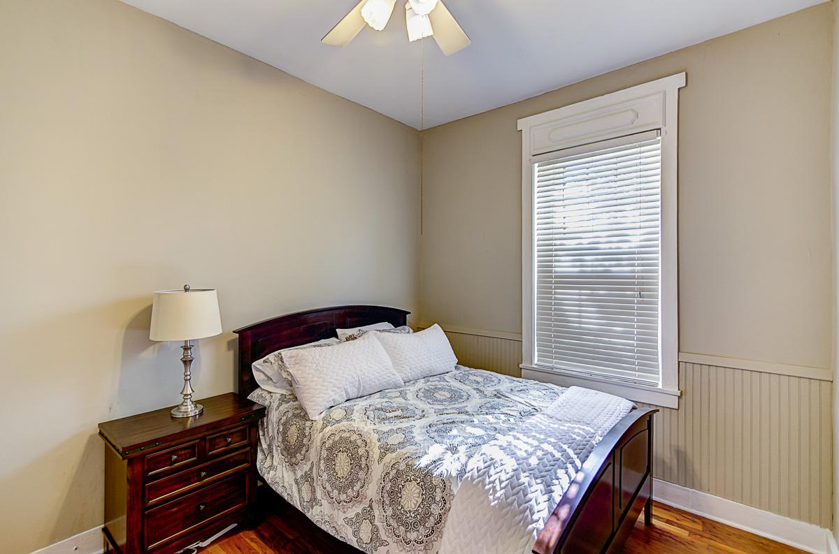 Apt 2 Bedroom 1.jpg