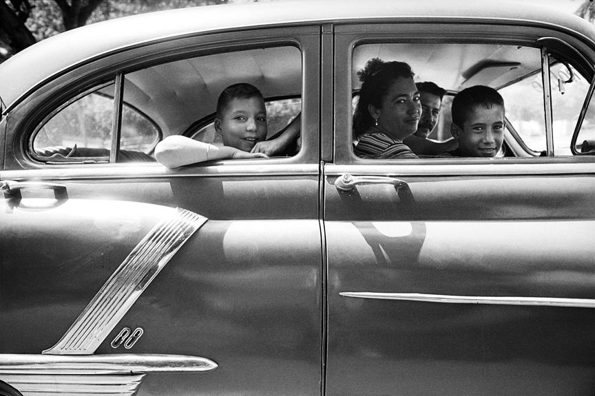 marco_guerra_cuba_car_and_family_5.jpg