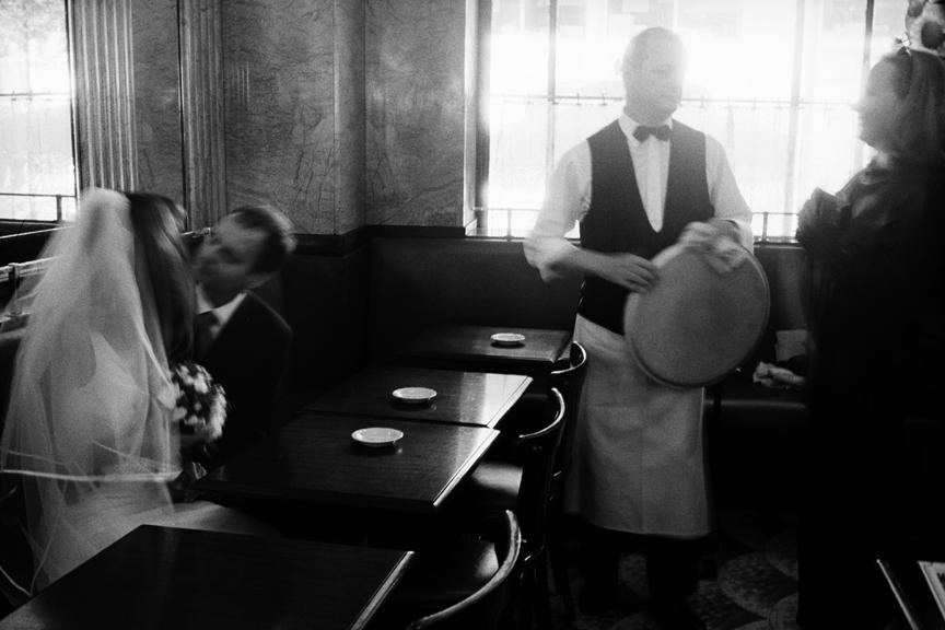 marco_guerra_paris_café_de_flor_france_17.jpg
