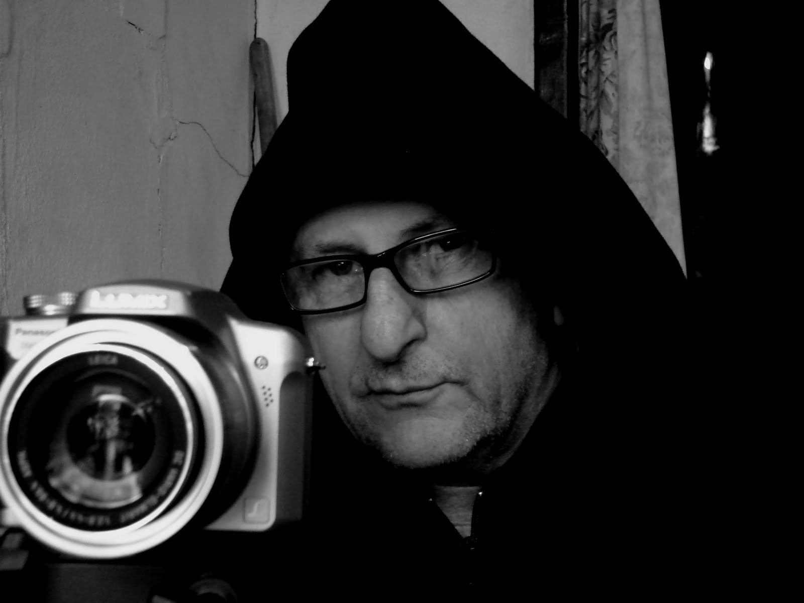 Fotogramas de agua. Entrevista con Raul Perrone, de Enzo Cillo