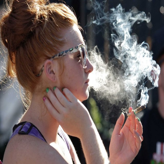 red-head-girl-smoking 640x640.jpg
