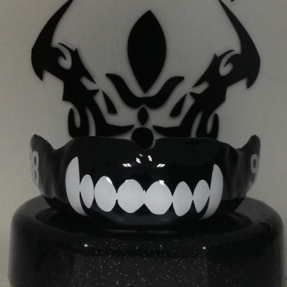 $125  Python Fangs-Wolf Mouthguard