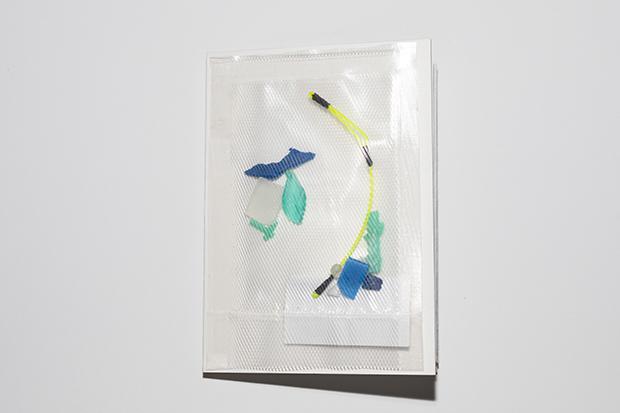 stardust衍生品艺术家书  硬卡纸A5,60g和纸A3,真空袋,海洋垃圾,透明胶片,收藏级微喷打印
