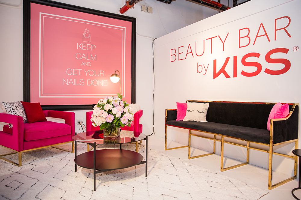 09.28.2017_KISS+BeautyBar_Popup_Day1_24.jpg