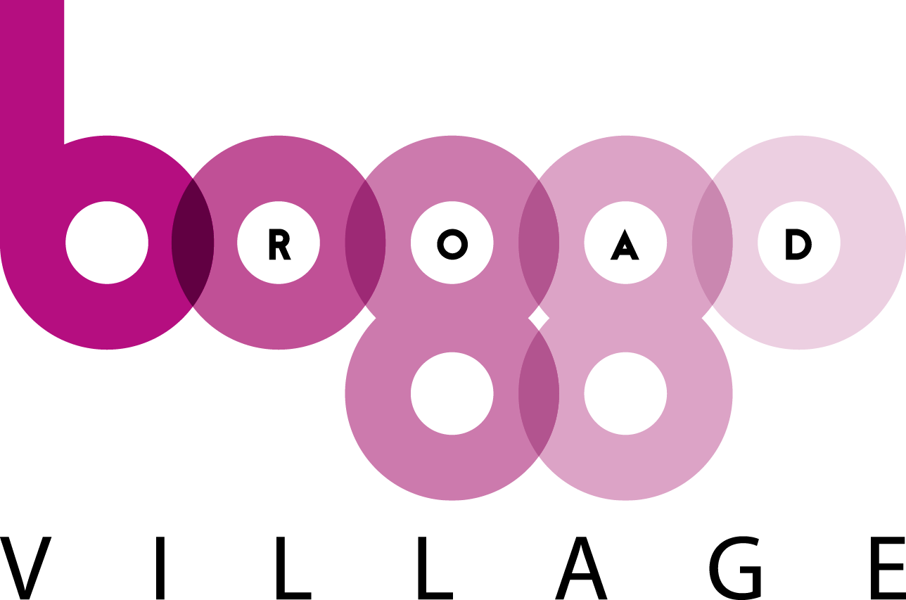 Boggo_Village_Logo_Purple.png