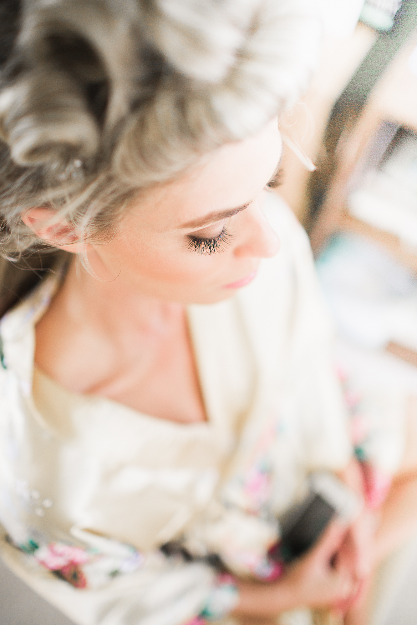 Such a beautiful bride who hardly needed any make-up at all.