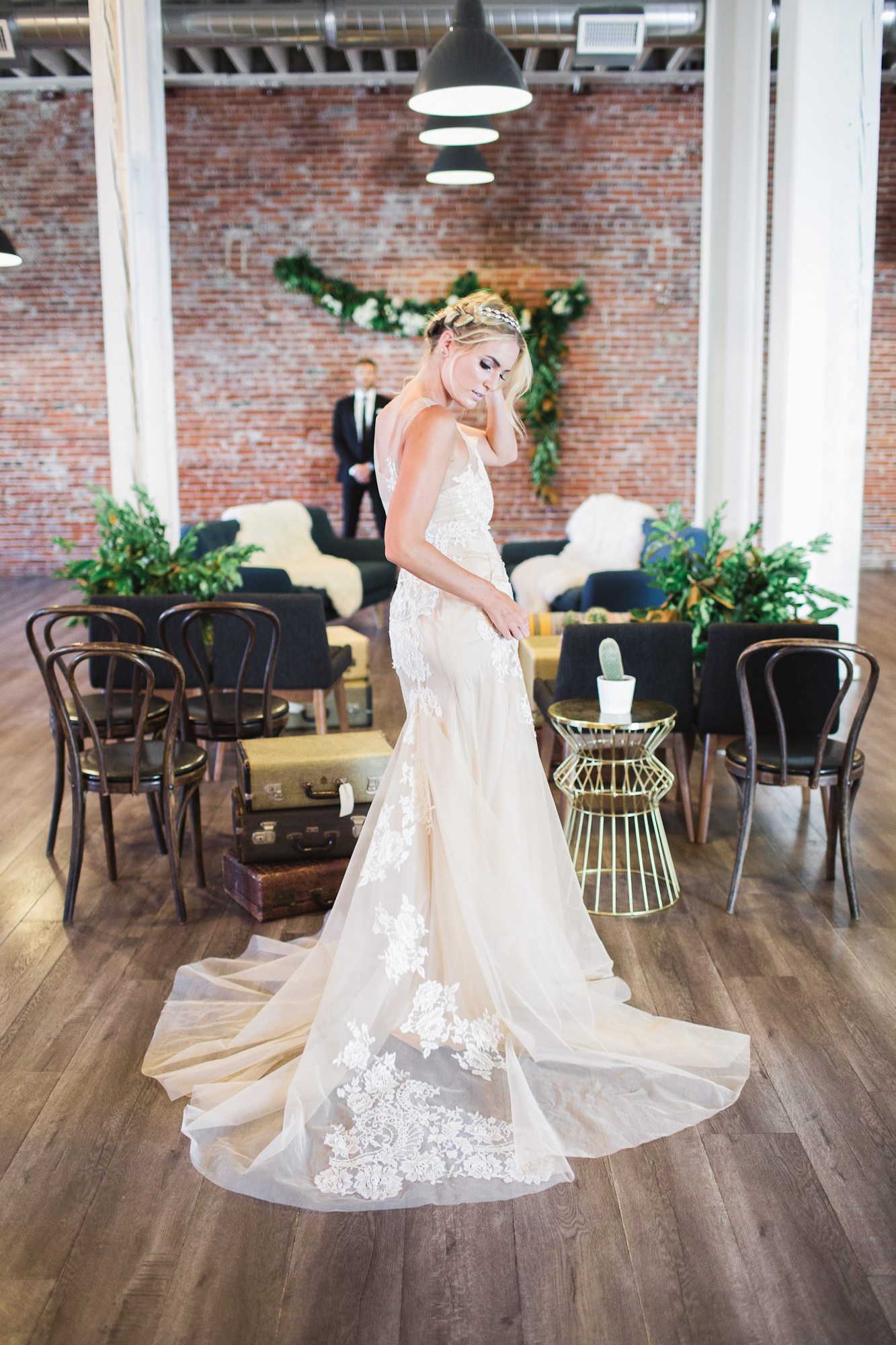Lezu's dresses were so breath-taking. If only I could get married again :)