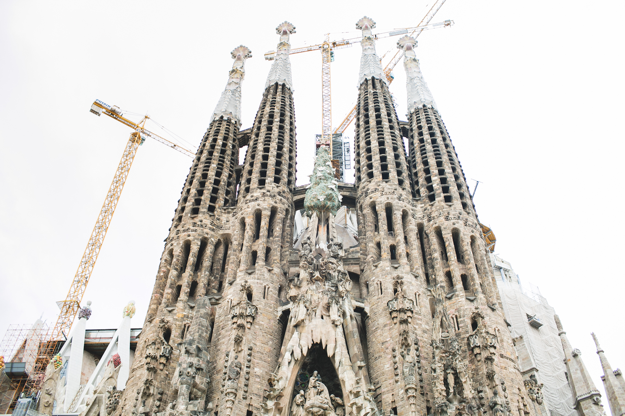 Can you believe it? So majestic. It's completed height is said to be 560ft tall.