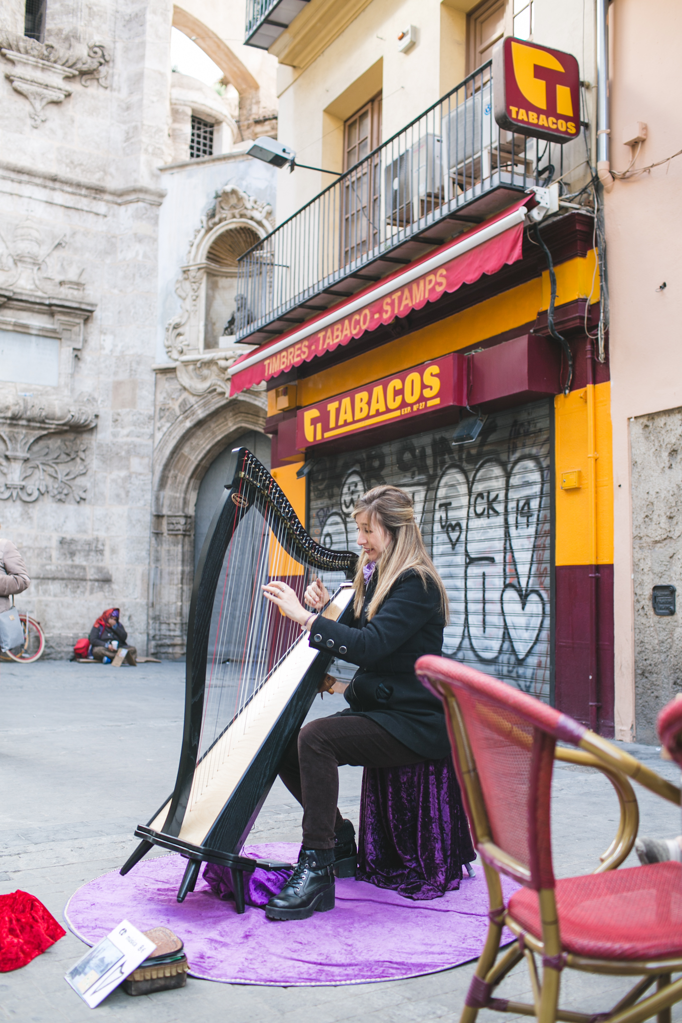 But the ambiance and scenery were on point! This talented harpist played the Game of Thrones song and I about flipped!