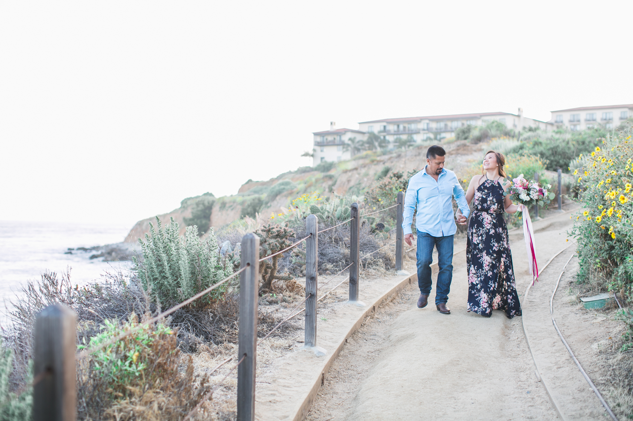 We took the engagement photos at Terranea Cove because of it's natural beauty surroundings and cool Cali-vibe.