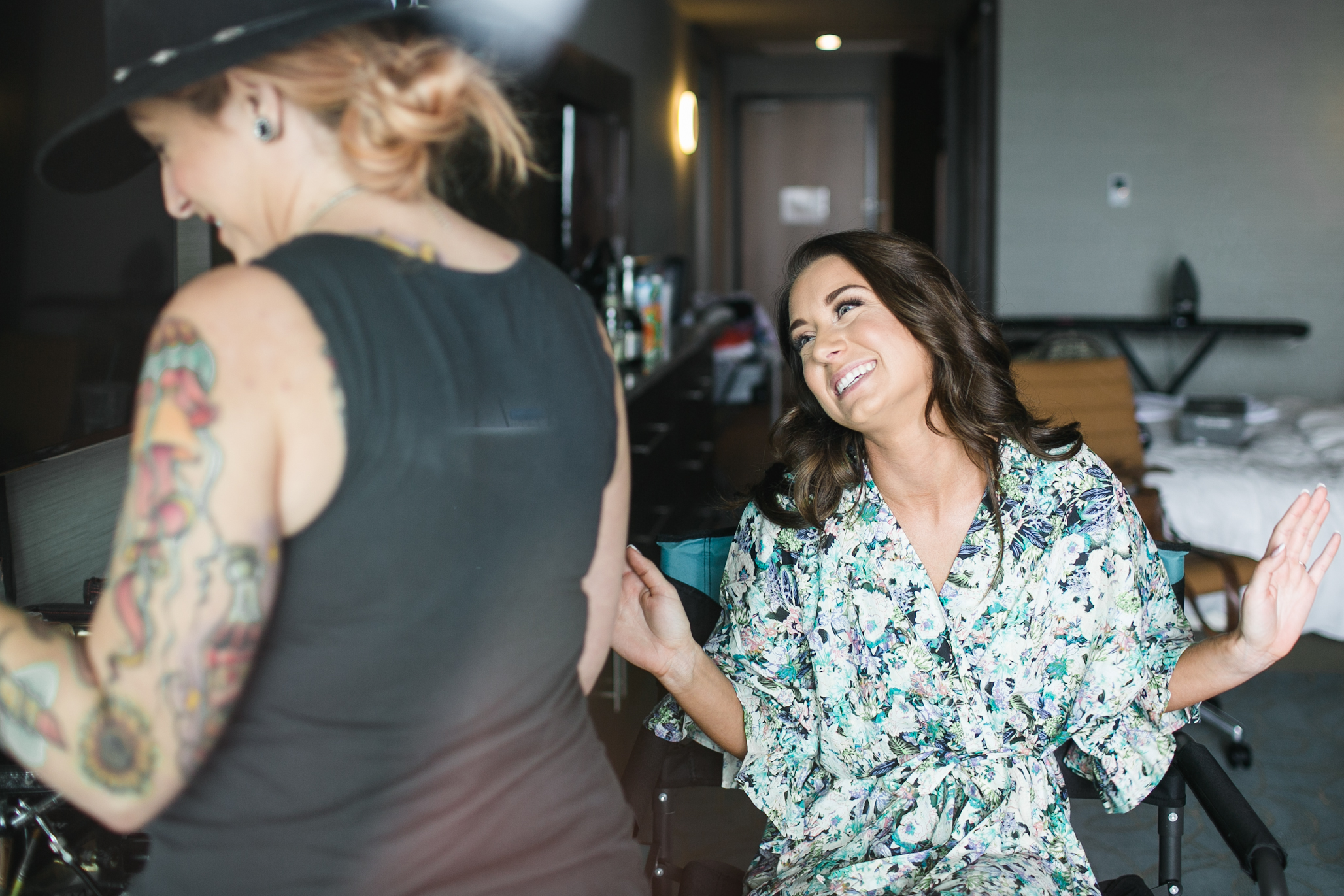 Jessica getting her make-up done by the talented Dana of Cheek to Cheek Make-up.