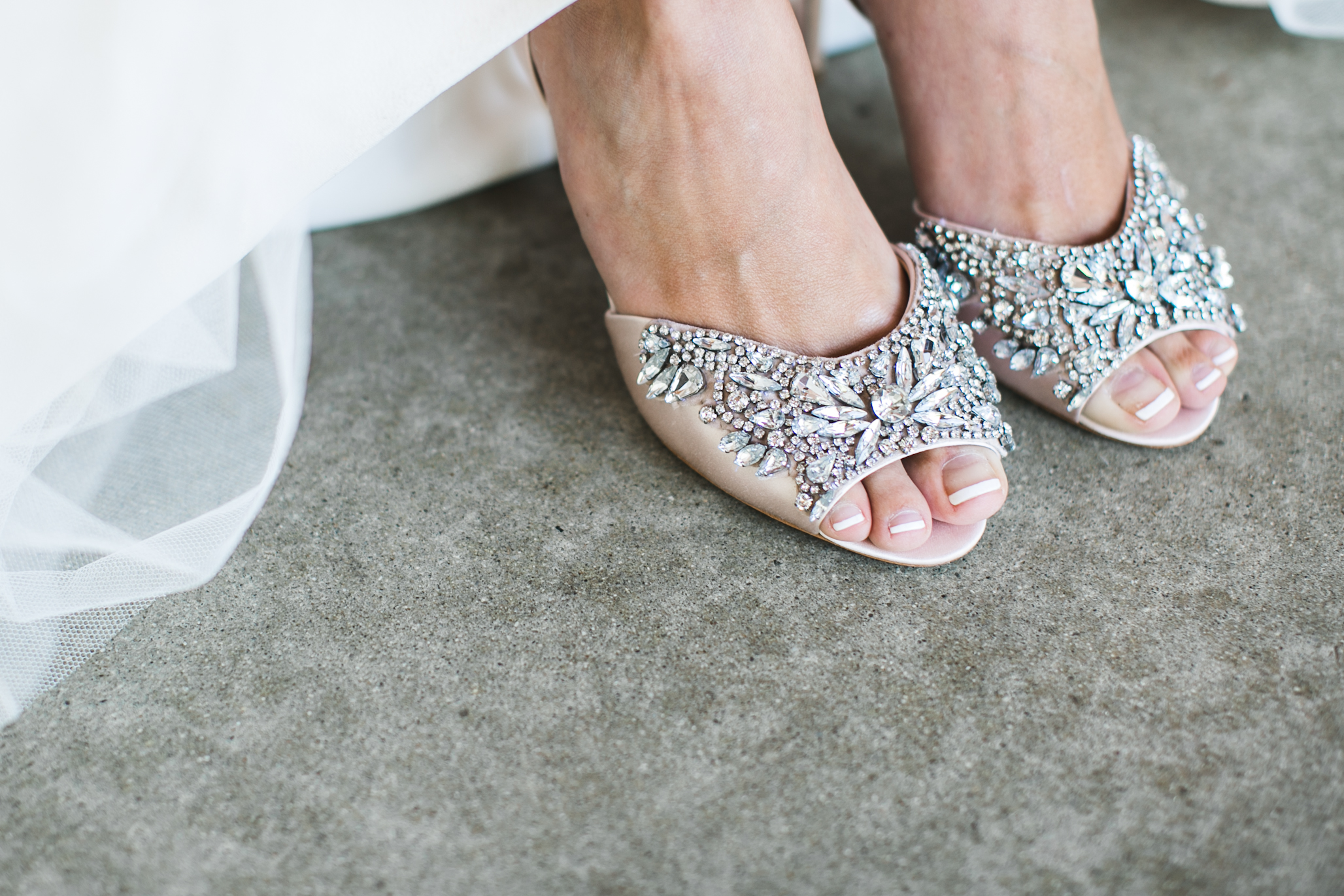 Even her toes are perfect! UGH. And these shoes!!!