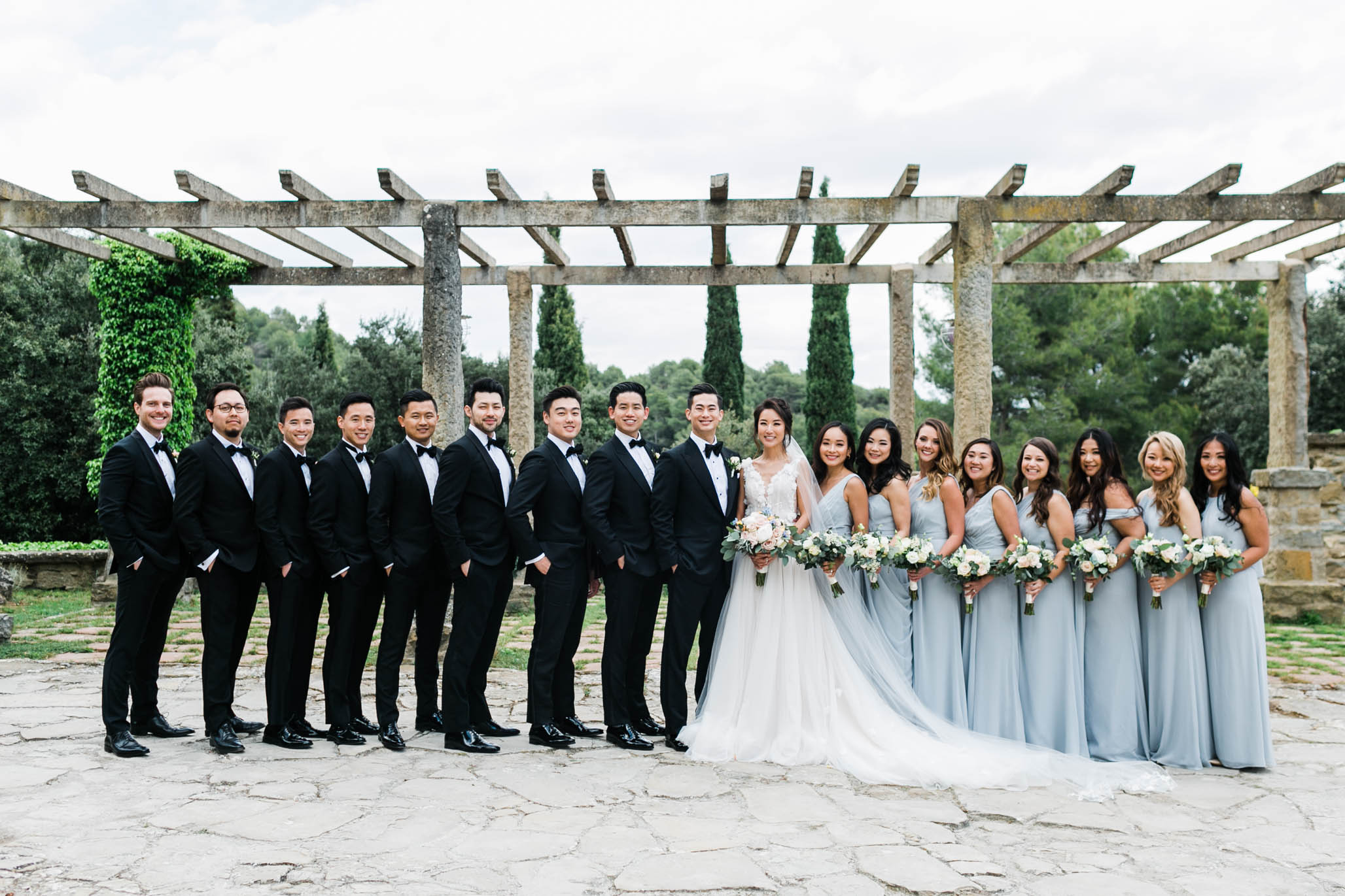 Isn't this the sexiest bridal party you've ever seen?