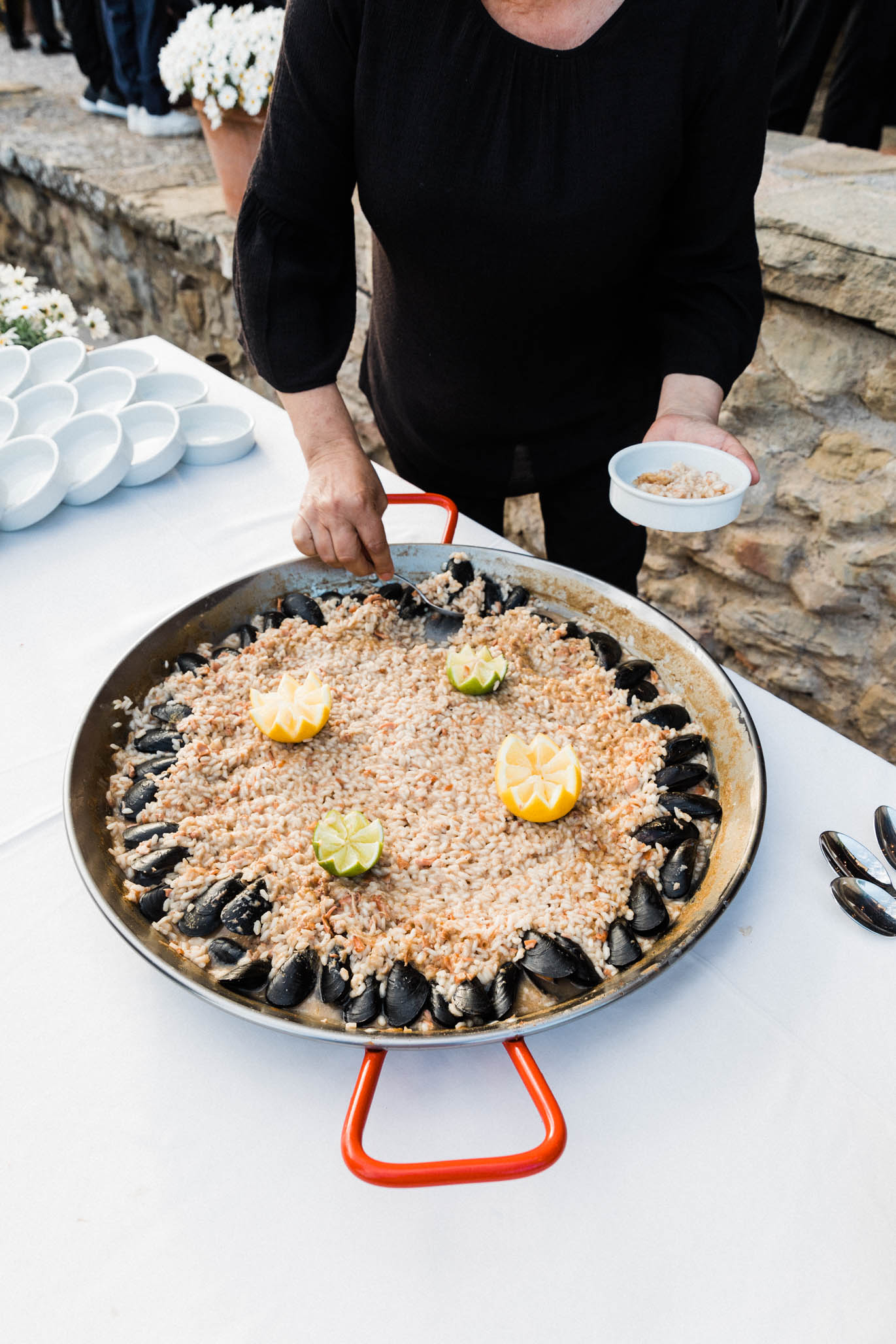 Of course there was Paella. It isn't a Catalonian wedding with out a good ol' dish of seafood Paella!